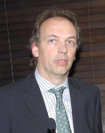 Ronald Jansen représentant M. Paul Cheung, Directeur des Statistiques des Nations Unies (UNSD)